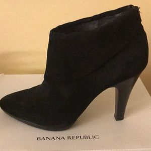 Banana Republic Shoes - Black suede booties by Banana Republic